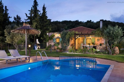 Traditional family  holiday villa