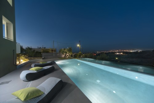 Andreas seaview pool villa only 10 min. from Chania city