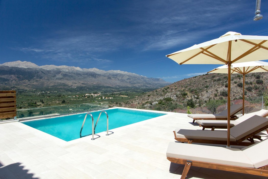Luxury rental villa Amygdalia with private beach