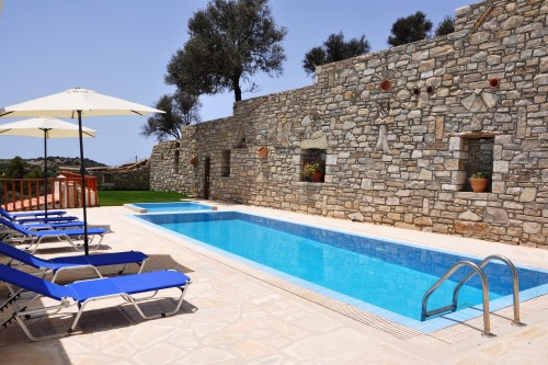 Villa with View of Comos Beach, close to Matala
