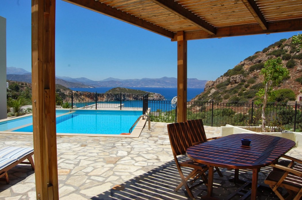 Unobstructed sea view and protected privacy in Agios Nikolaos