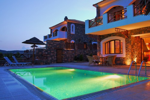Holiday villa Nikoleta with private pool in Agios Nikolaos