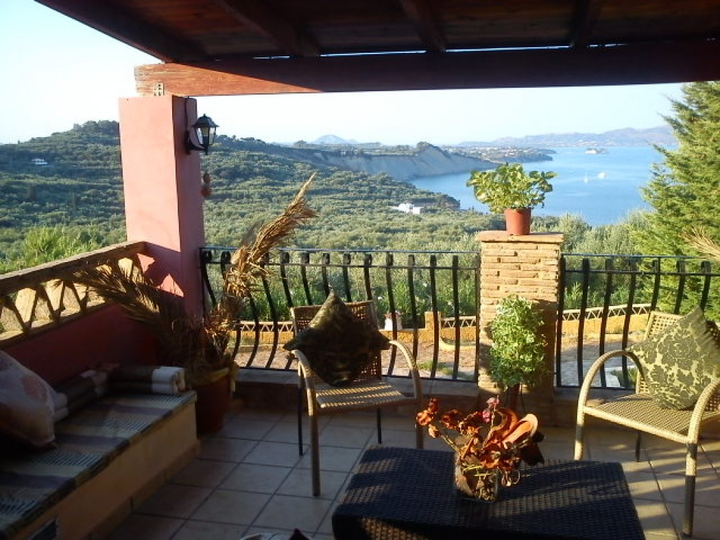 One bedroom Sea View Houses with private pool in Zakinthos