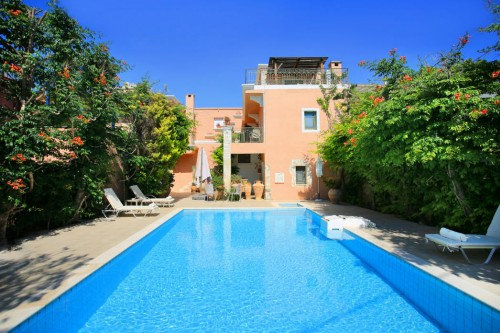 Neoclassical three storey holiday villa in Kamilari