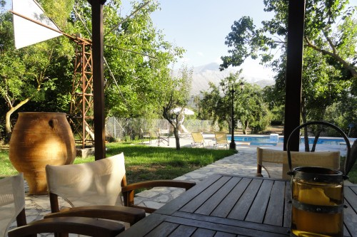 ZEUS house,traditional confortable villa with private pool for relaxing holidays