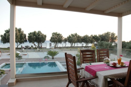 Seafront lux villa Pelagos only a few meters from the beach