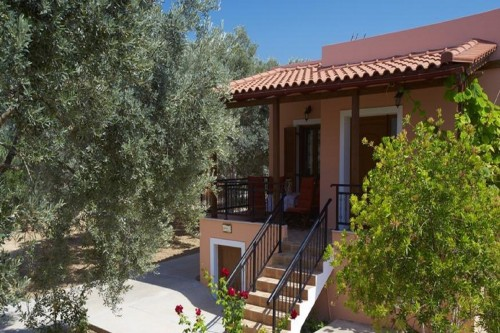 Holiday villa Estia in Cretan nature!