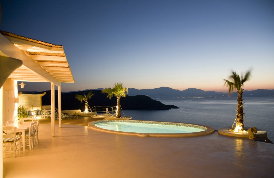 Luxury Cycladic Style Villa Overlooking the Gulf of Mirabello