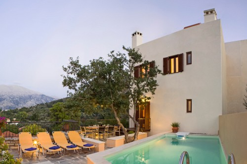 Amari Villas: calm and comfort in the real Crete
