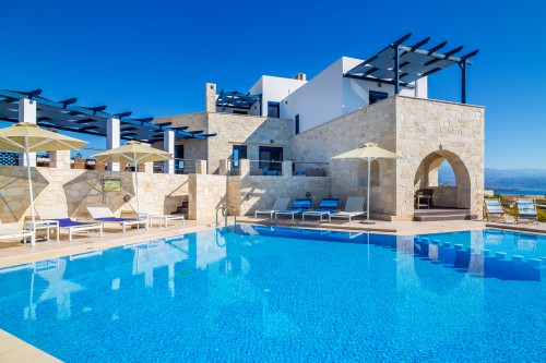Luxurious pool with great sea view of Stavros bay