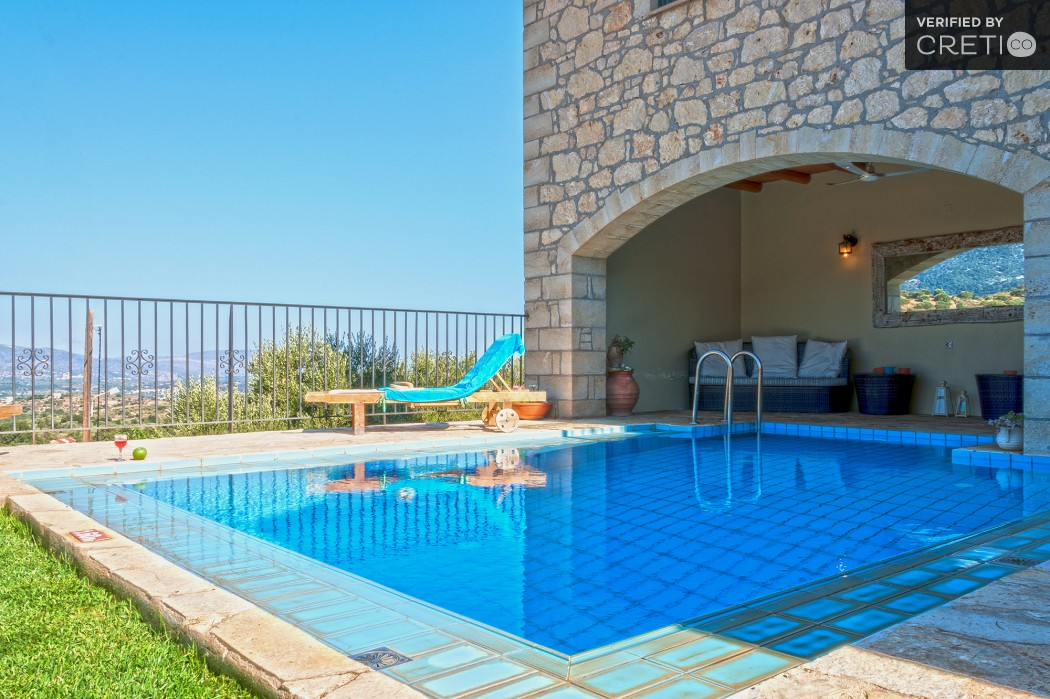 Sea view pool villa in Alikampos village
