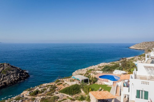 7-bedroom Seafront PRVT Pool Villa, with magical sunset view