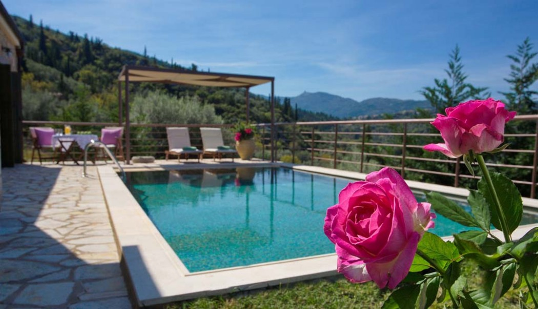 One bedroom villa in Lefkada with pool ideal for couples