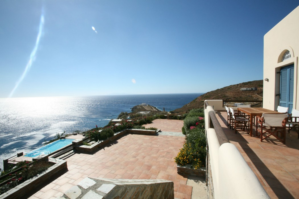 Sea view holiday villa in Andros with private pool