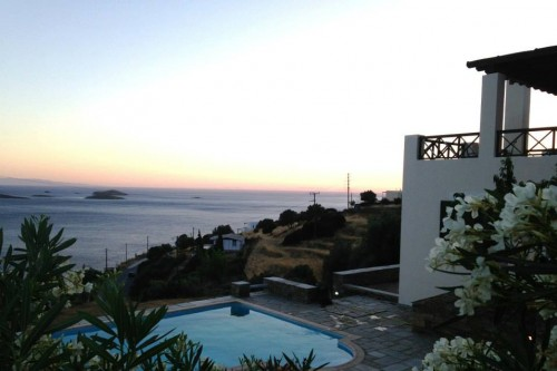 4 Bedroom villa in Andros overlooking the Aegean Sea