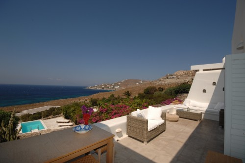 Private cozy villa with pool in Mykonos