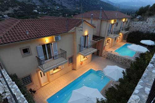 Fully equipped 2 maisonettes complex (I) with private pool